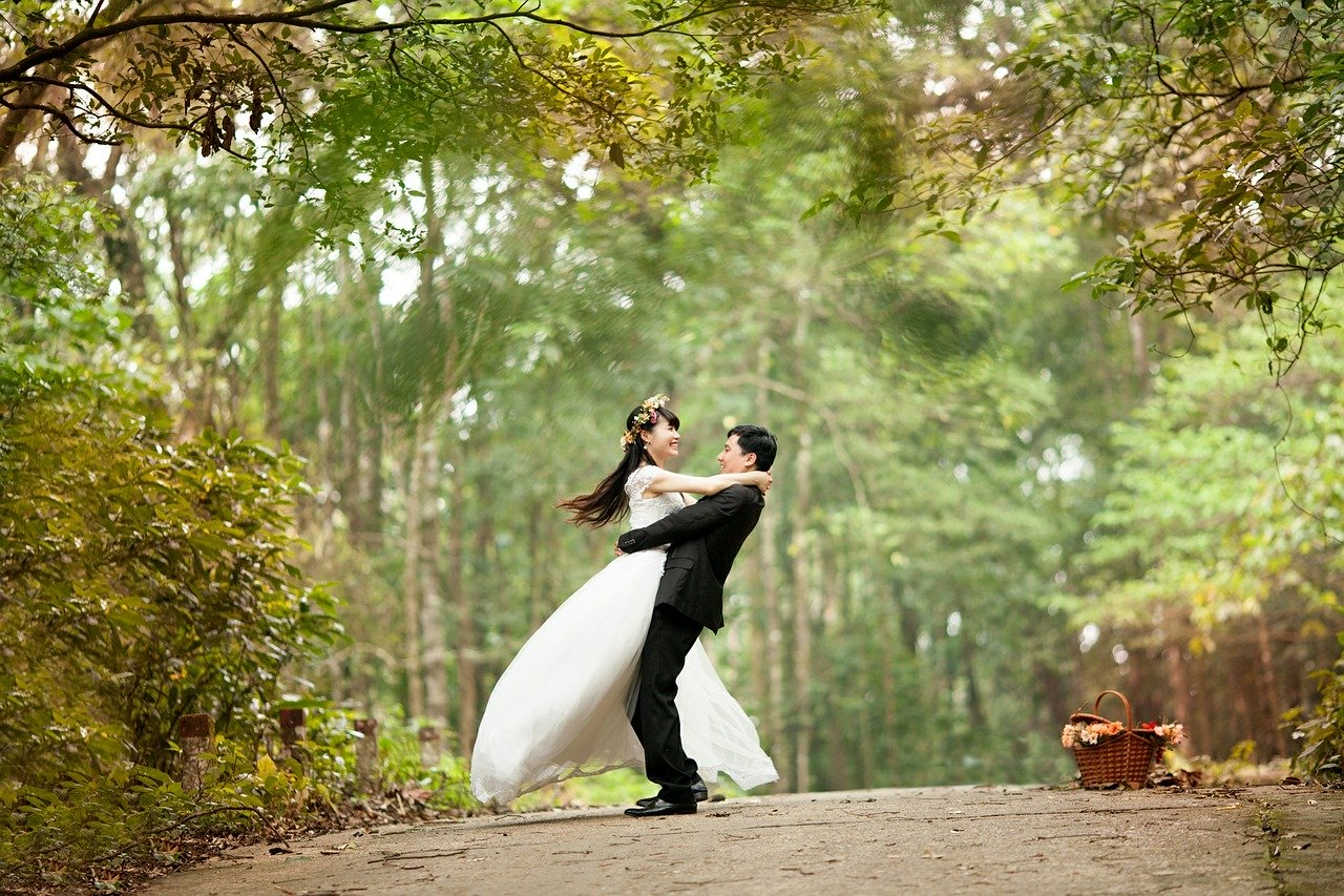 Get married quickly, easily and cheaply
